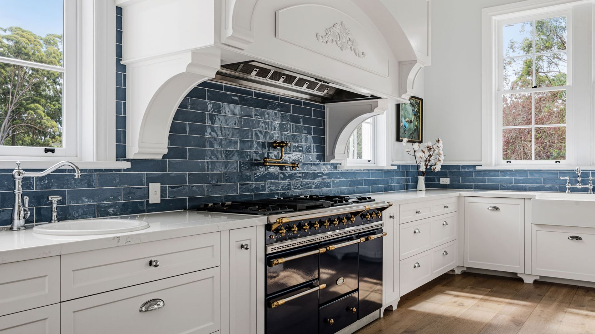 blue and white themed kitchen