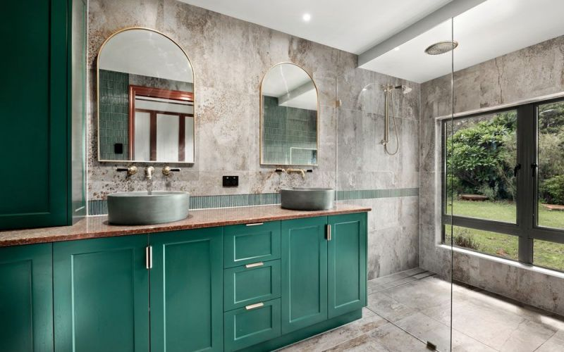 bathroom in a classic and green theme design
